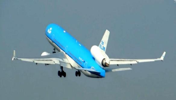 Plane 002